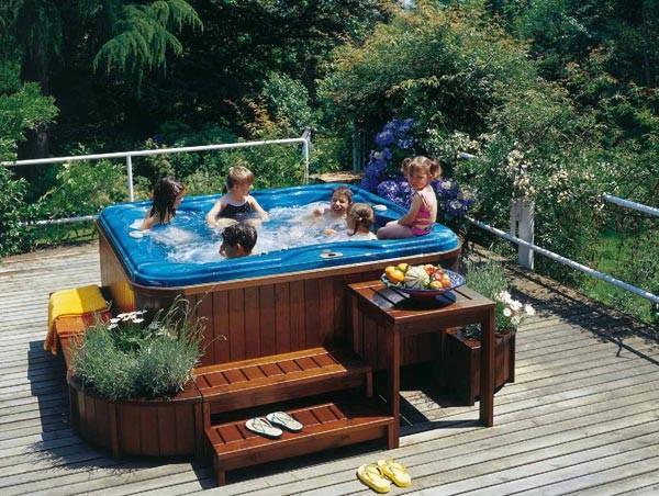 La comodit delle piscine riscaldate le piscine da giardino for Piscine da giardino