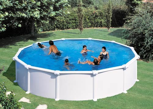 I vantaggi di una piscina fuori terra le piscine da giardino - Piscine per giardino ...
